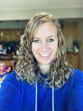 Profile picture for Lauren Lindgren